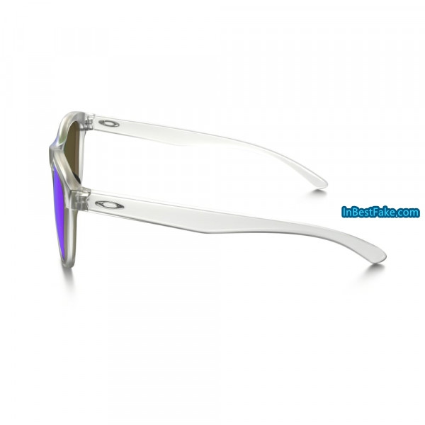 83e358aeeeab5 Oakley Moonlighter Women Sunglasses Frost with Sapphire Iridium Lens ...